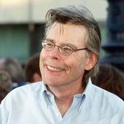 portrait de Stephen King, auteur de romans à succès