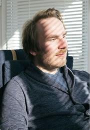 portrait de Neil Jomunsi, interview de l'écrivain